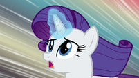 Rarity racing through Manehattan S8E4