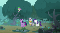 Spike joyfully flies through the air S8E11