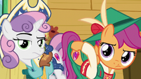 Sweetie Belle and Scootaloo shows Apple Bloom their cutie marks to remind her S6E4