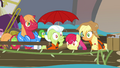 Apple family soaked S4E09.png