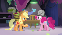 "Applejack ""are you just screamin' for fun?"" S7E23"