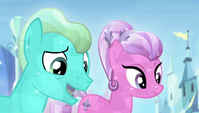 Crystal Ponies complimenting Spike S4E24