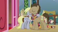 Derpy puts a hoof around Dr. Hooves S5E9