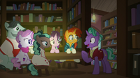 "Firelight ""my favorite section of the bookstore"" S8E8"