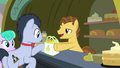 Grand Pear sells pears to Young Mr. Waddle S7E13.png