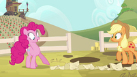 Pinkie Pie pointing to end of scroll S4E09
