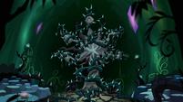 Plunder Vines around Tree of Harmony S4E2
