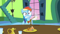 Rainbow Dash with hot gravy in her lap S03E10