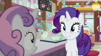 Rarity grinning pleased at Sweetie Belle S7E6