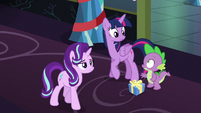 Starlight walks away; Twilight and Spike look at each other S6E8