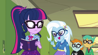"Trixie ""the Great and Powerful and Smart"" EGDS12a"