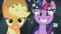 Twilight and Applejack smile S4E22