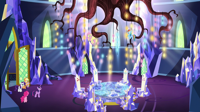 File:Twilight beholds the throne room chandelier S5E3.png