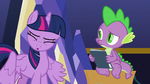 Twilight fervently shakes her head S9E26