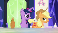 Applejack --so much for that whole spell theory-- S5E22
