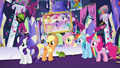 Main 5 agree the castle is too cluttered S5E3.png