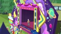 Pinkie Pie lifted over concert crowd CYOE15b