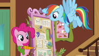 Pinkie Pie suggests a carrot cake stand S7E5