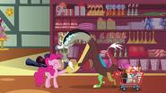 S07E12 Discord dziękuje Pinkie Pie za radę