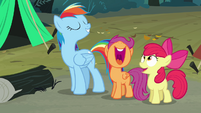 Scootaloo and Apple Bloom laugh S3E06