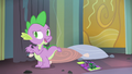 Spike 'I know I saw a magnifying glass...' S4E06.png