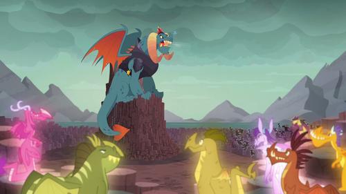 Сталагмитовый дракон что это
