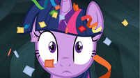 Twilight Sparkle with streamers in hair S4E22