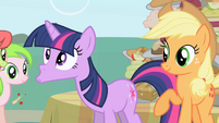 Twilight spits out the food Applejack fed her S1E01