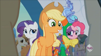 Applejack 'On its way!' S3E2