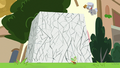 Chipcutter's rock slab starts to crack S7E6.png