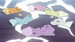 Clone ponies reduced to clumps of wood S8E13
