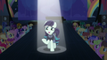Coloratura addressing the crowd S5E24.png