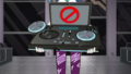 DJ Pon-3 holding a malfunctioning turntable SS16.png