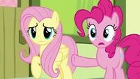 Pinkie Pie -like candy canes and stripes- S8E12