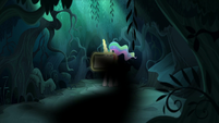 Shadowy blur speeds past Celestia S9E13