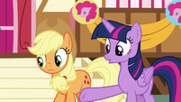 Twilight Sparkle pointing at Gummy S8E18