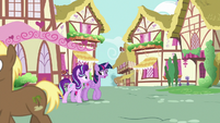 Twilight and Starlight walk through Ponyville S7E14