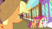 Apple Bloom awkward smile S3E4