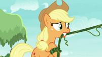 Applejack flinging vines S8E9
