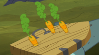 Carrots striking Big Daddy McColt's shield S5E23