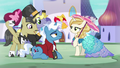 Other stallions showing their gifts S5E14.png