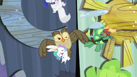 Owlowiscious accidentally hits the -moon- S4E21