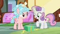 "Sweetie Belle ""won't have to use rainbow sprinkles"" S8E12"