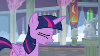 Twilight Sparkle -I can't run a school- S8E1