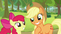 AJ and Apple Bloom excited for stakeout S9E10