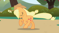 Applejack galloping S01E01.png