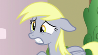 Derpy looking sad S7E15