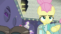 Fluttershy looking away from the raccoons S8E4
