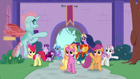 Older Ocellus waving to her friends S9E26