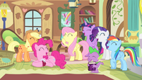 Ponies and Spike laughing S4E07